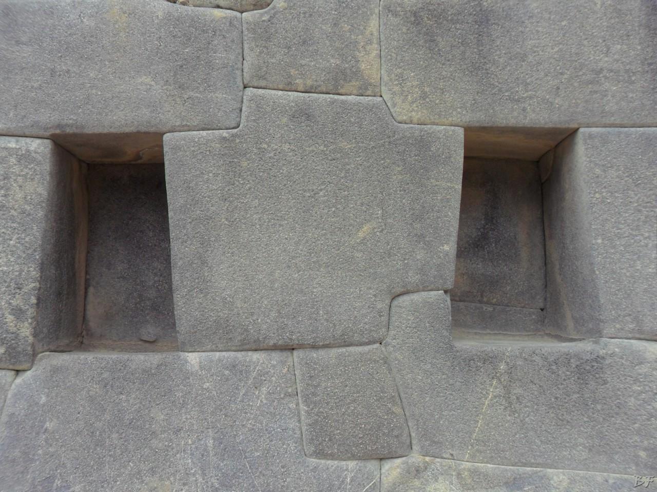 Ollantaytambo-Mura-Megalitiche-Peru-36