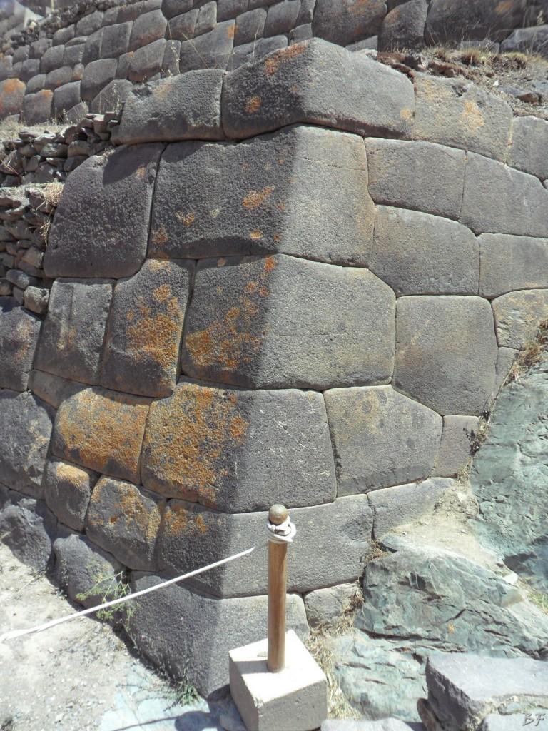 Ollantaytambo-Mura-Megalitiche-Peru-78