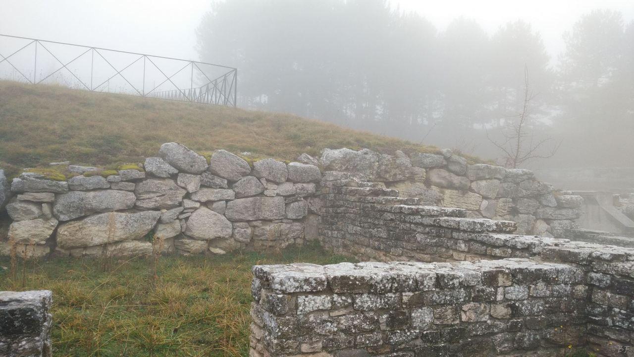 Pietrabbondante-Mura-Poligonali-Megalitiche-Isernia-Molise-Italia-21