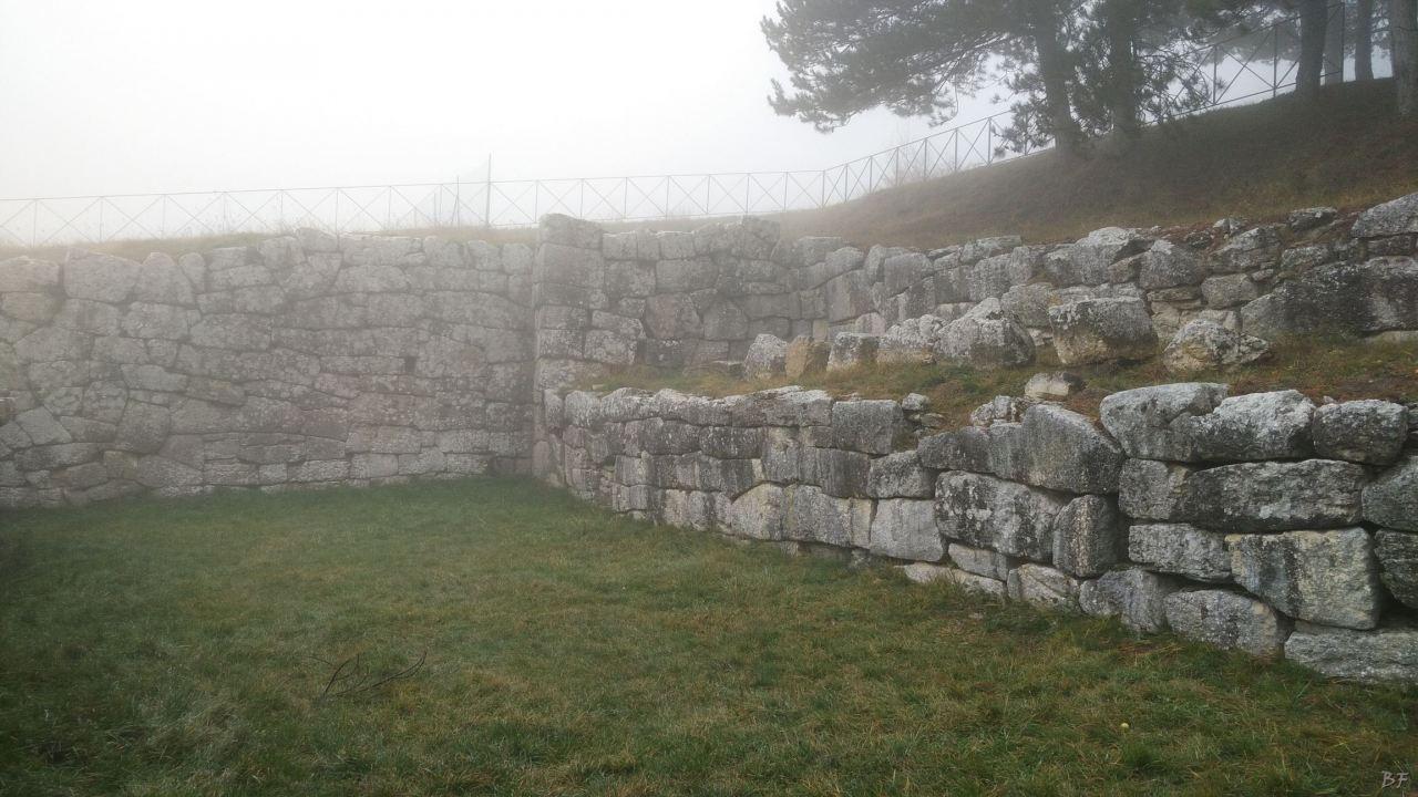 Pietrabbondante-Mura-Poligonali-Megalitiche-Isernia-Molise-Italia-41