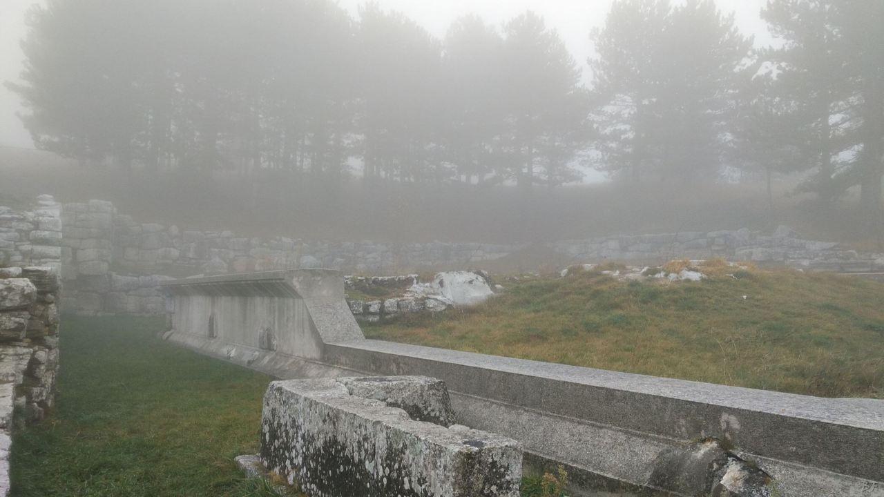 Pietrabbondante-Mura-Poligonali-Megalitiche-Isernia-Molise-Italia-42