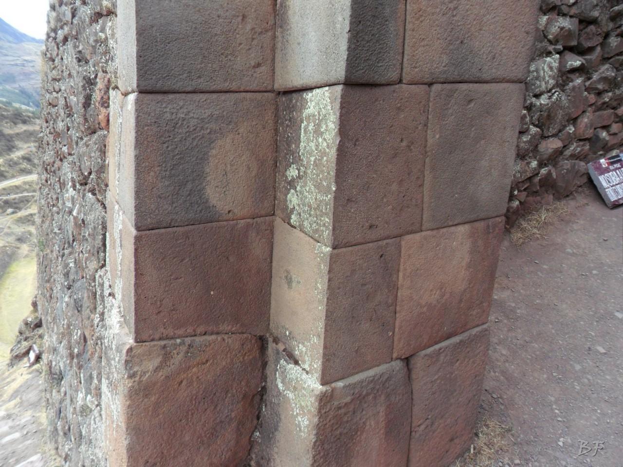 Mura-Poligonali-Megaliti-Altari-Rupestri-Pisac-Cusco-Perù-22