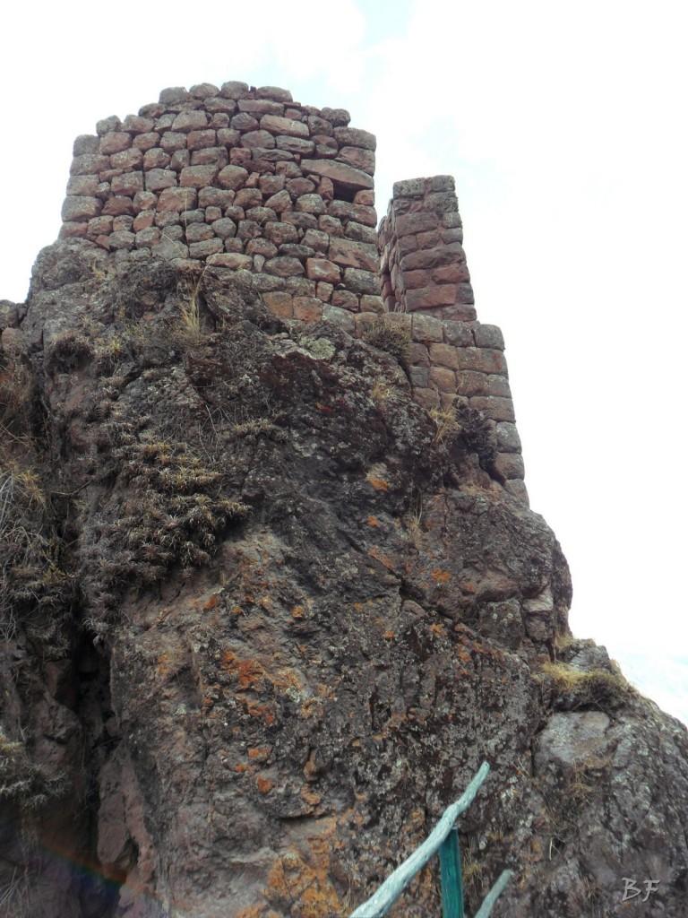 Mura-Poligonali-Megaliti-Altari-Rupestri-Pisac-Cusco-Perù-36