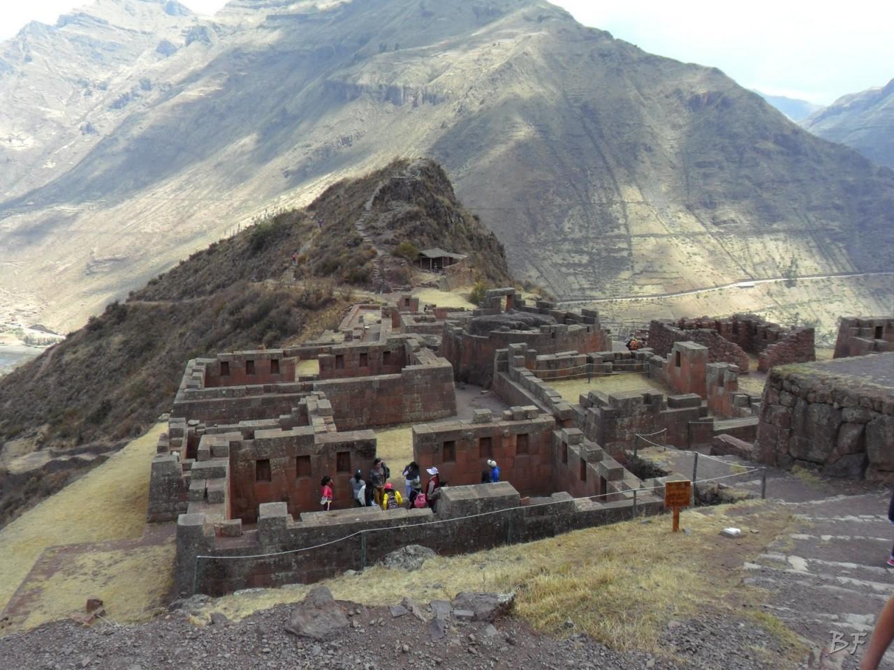 Mura-Poligonali-Megaliti-Altari-Rupestri-Pisac-Cusco-Perù-40