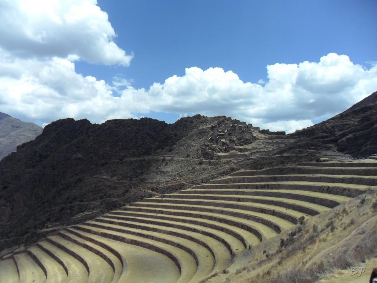 Mura-Poligonali-Megaliti-Altari-Rupestri-Pisac-Cusco-Perù-5