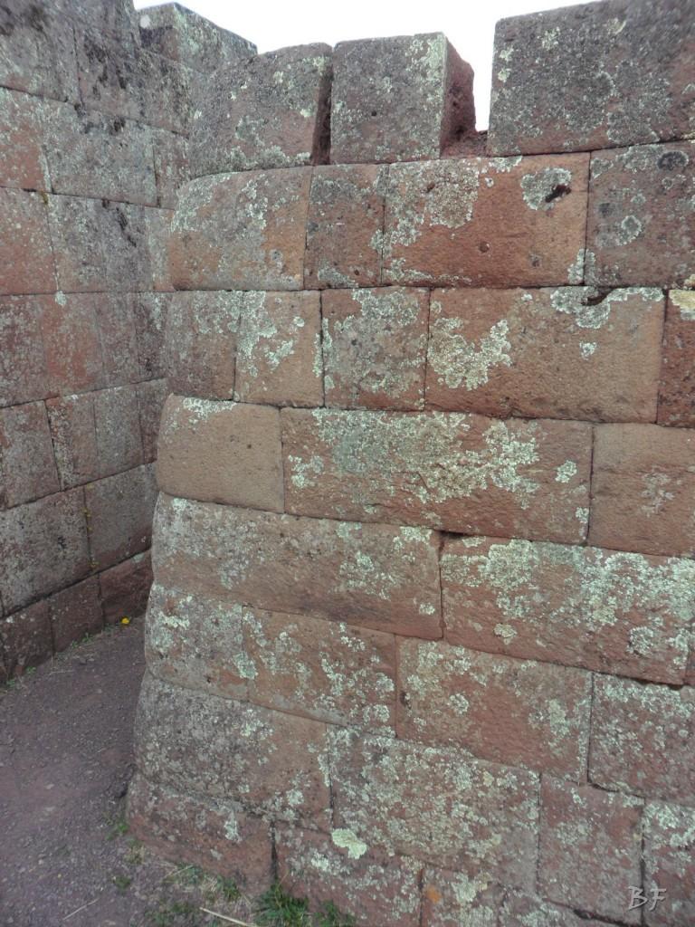 Mura-Poligonali-Megaliti-Altari-Rupestri-Pisac-Cusco-Perù-52
