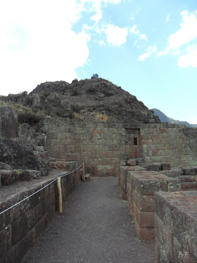 Mura-Poligonali-Megaliti-Altari-Rupestri-Pisac-Cusco-Perù-62