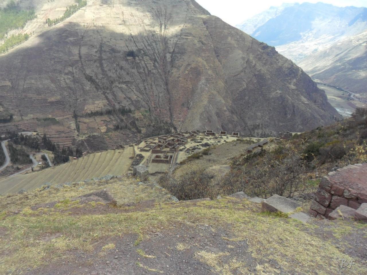 Mura-Poligonali-Megaliti-Altari-Rupestri-Pisac-Cusco-Perù-63