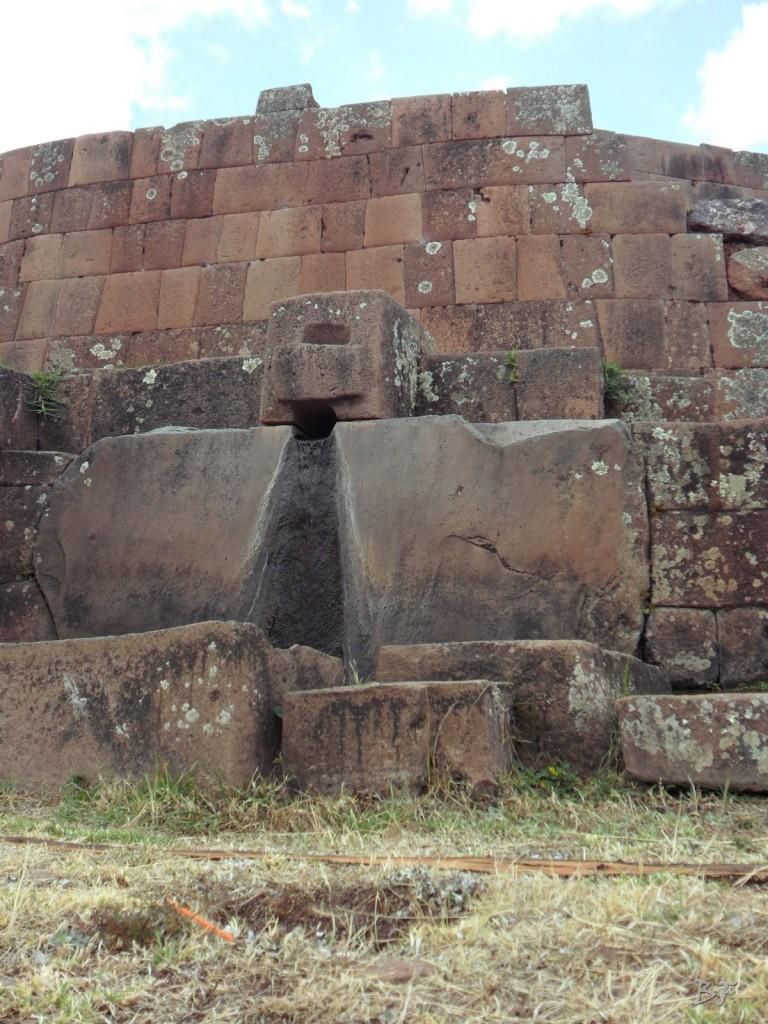 Mura-Poligonali-Megaliti-Altari-Rupestri-Pisac-Cusco-Perù-69