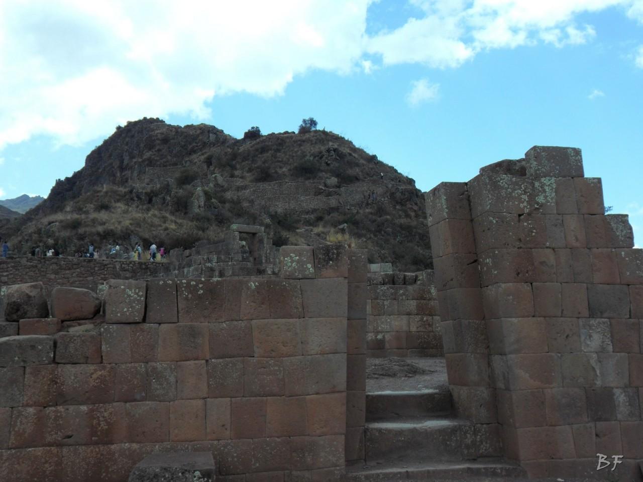Mura-Poligonali-Megaliti-Altari-Rupestri-Pisac-Cusco-Perù-74
