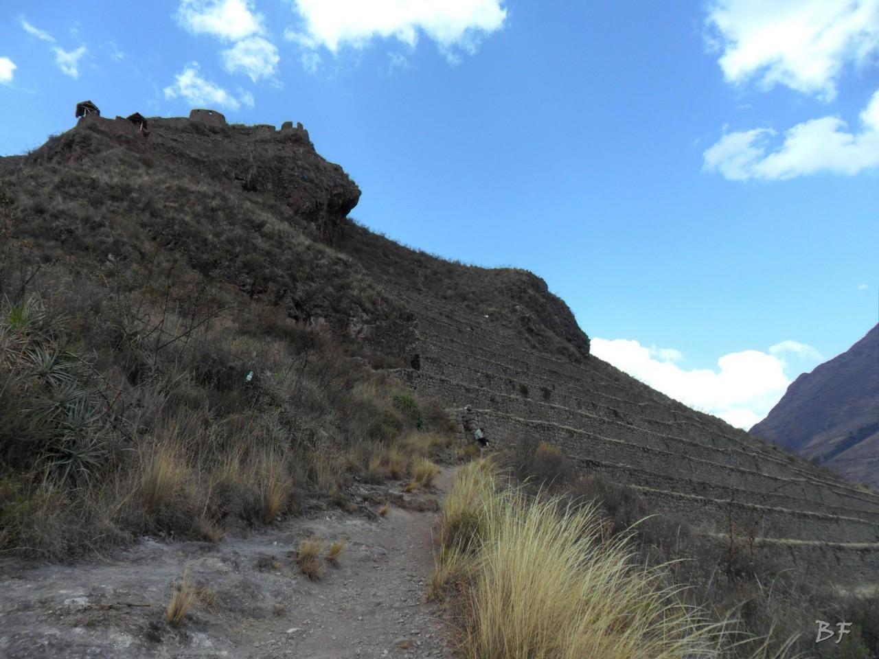 Mura-Poligonali-Megaliti-Altari-Rupestri-Pisac-Cusco-Perù-83