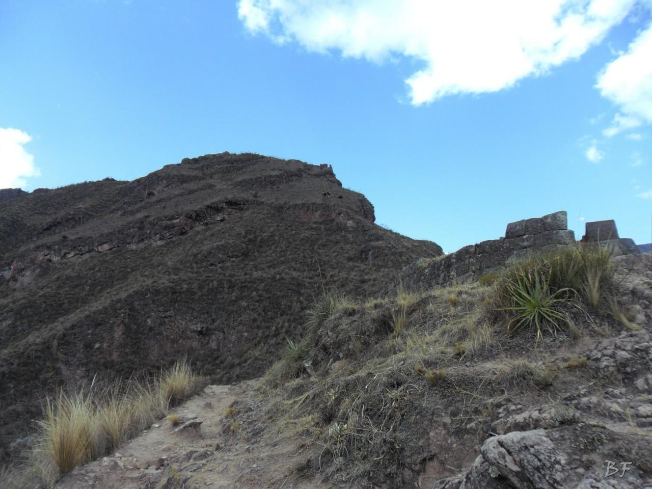 Mura-Poligonali-Megaliti-Altari-Rupestri-Pisac-Cusco-Perù-86