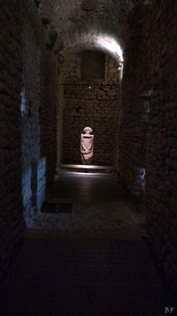 Statue-Stele-di-Pontremoli-Massa-Carrara-Lunigiana-Toscana-1