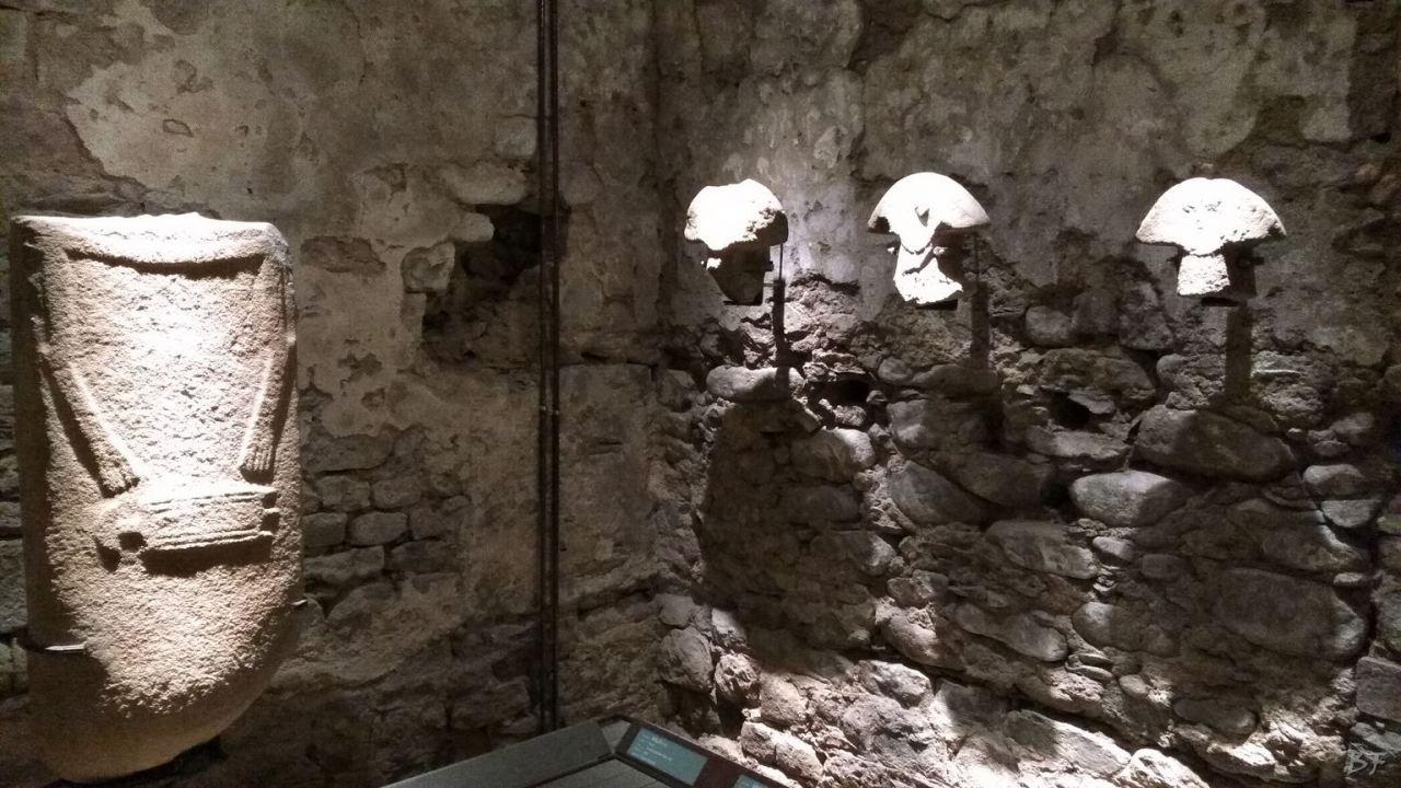 Statue-Stele-di-Pontremoli-Massa-Carrara-Lunigiana-Toscana-17