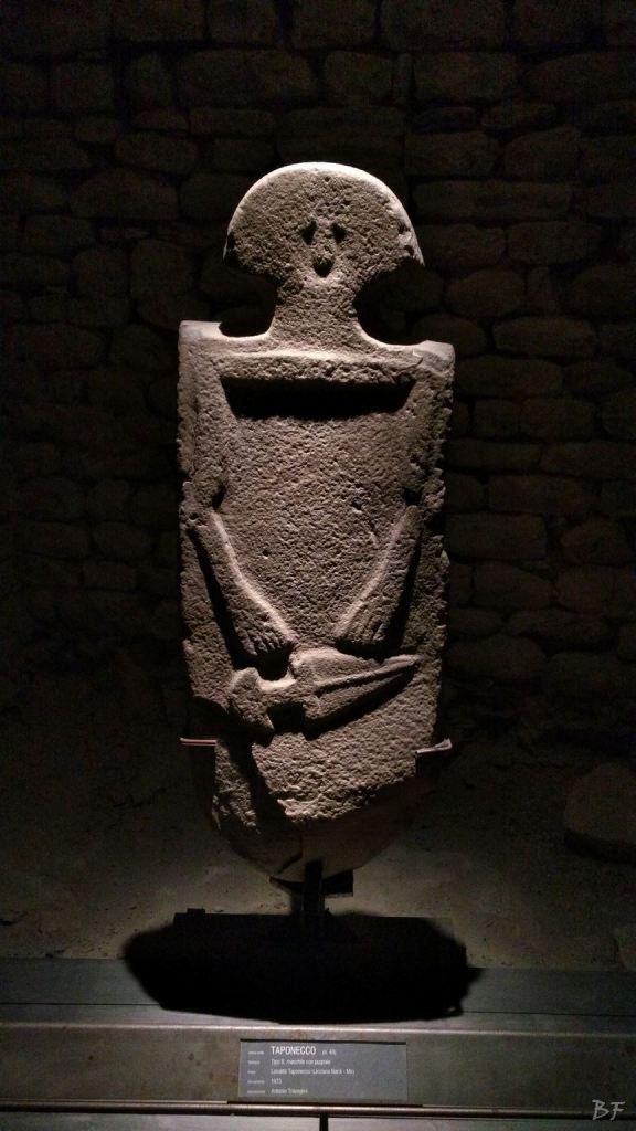 Statue-Stele-di-Pontremoli-Massa-Carrara-Lunigiana-Toscana-2
