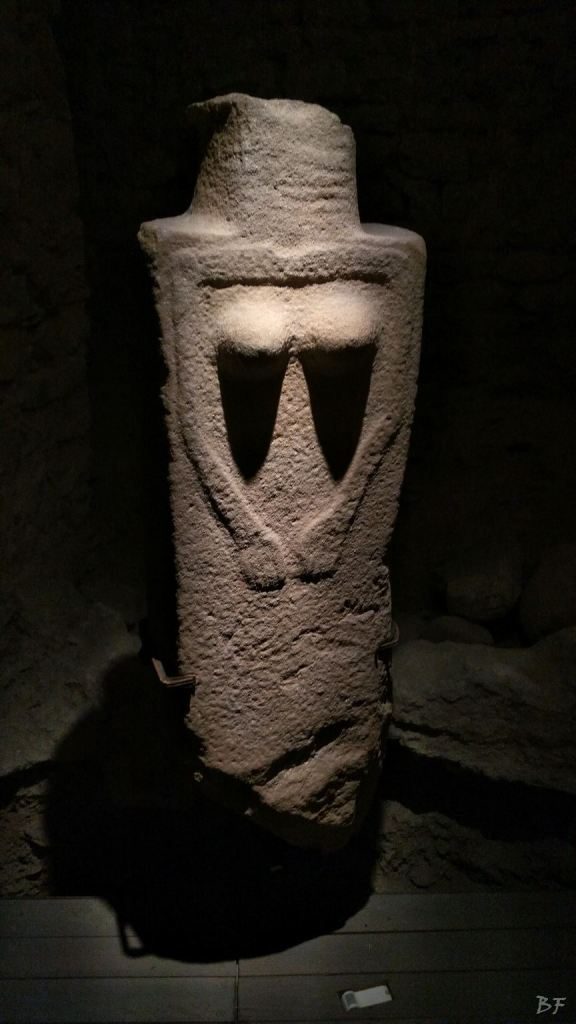 Statue-Stele-di-Pontremoli-Massa-Carrara-Lunigiana-Toscana-20