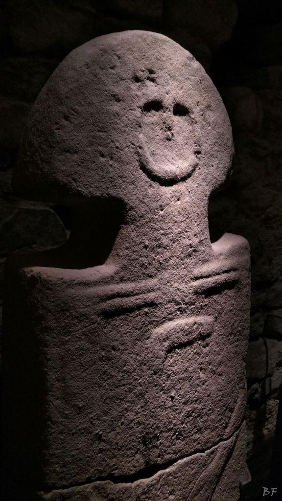 Statue-Stele-di-Pontremoli-Massa-Carrara-Lunigiana-Toscana-23