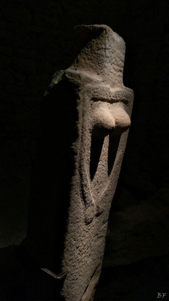 Statue-Stele-di-Pontremoli-Massa-Carrara-Lunigiana-Toscana-3