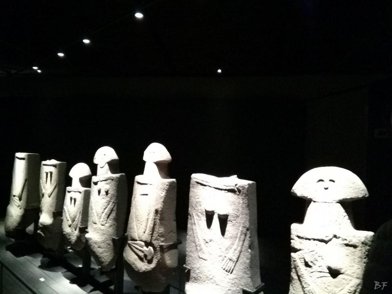 Statue-Stele-di-Pontremoli-Massa-Carrara-Lunigiana-Toscana-7