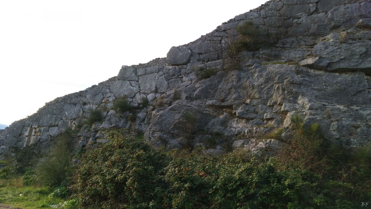 Praeneste-Mura-Poligonali-Megalitiche-Palestrina-Castel-San-Pietro-Roma-Lazio-Italia-12