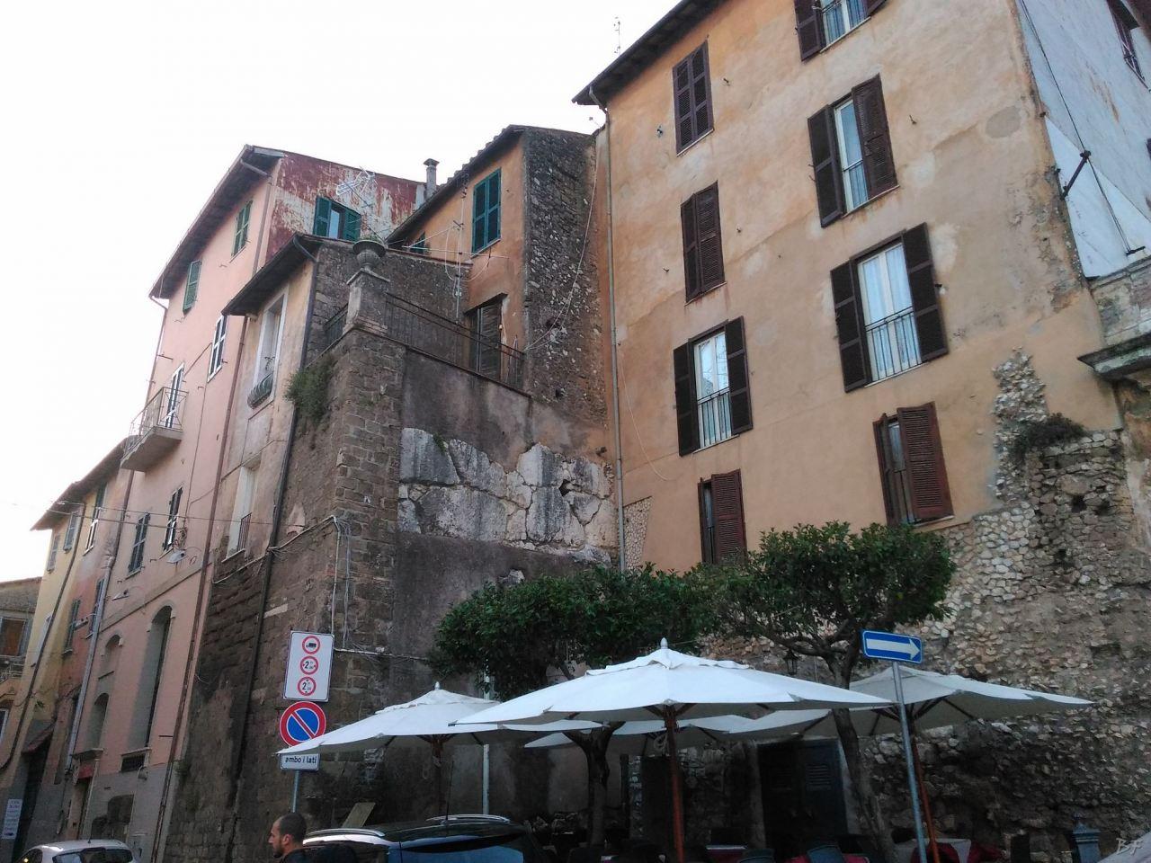 Praeneste-Mura-Poligonali-Megalitiche-Palestrina-Castel-San-Pietro-Roma-Lazio-Italia-3