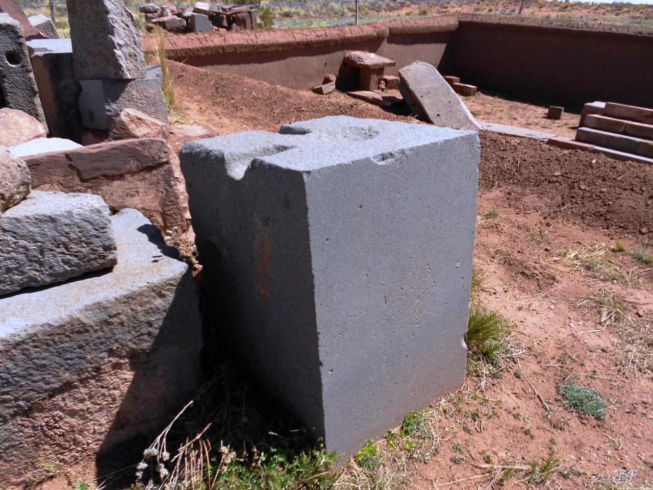 Puma-Punku-Area-Megalitica-Mura-Poligonali-Megaliti-Tiwanaku-Tiahuanaco-Bolivia-12
