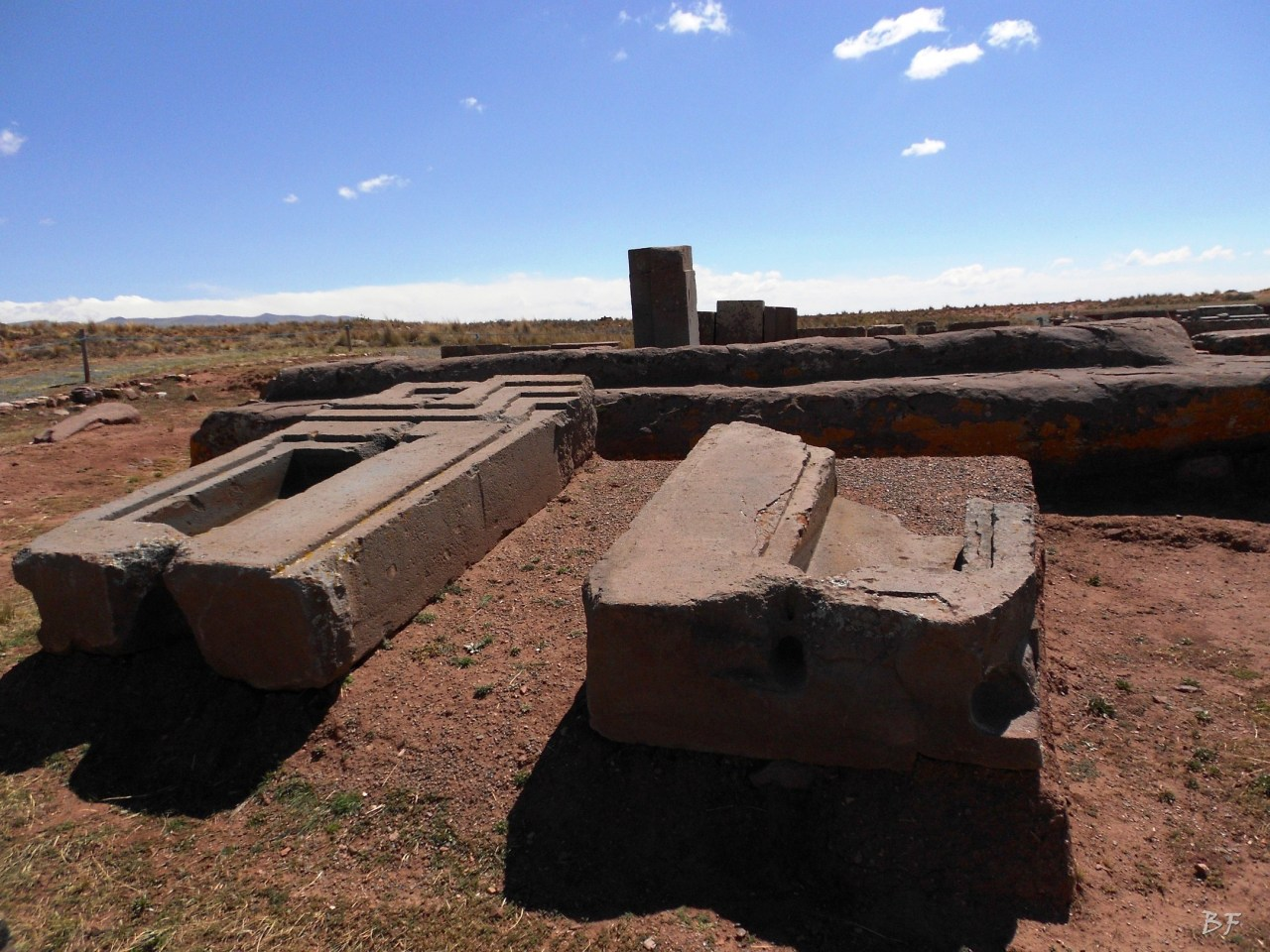 Puma-Punku-Area-Megalitica-Mura-Poligonali-Megaliti-Tiwanaku-Tiahuanaco-Bolivia-43