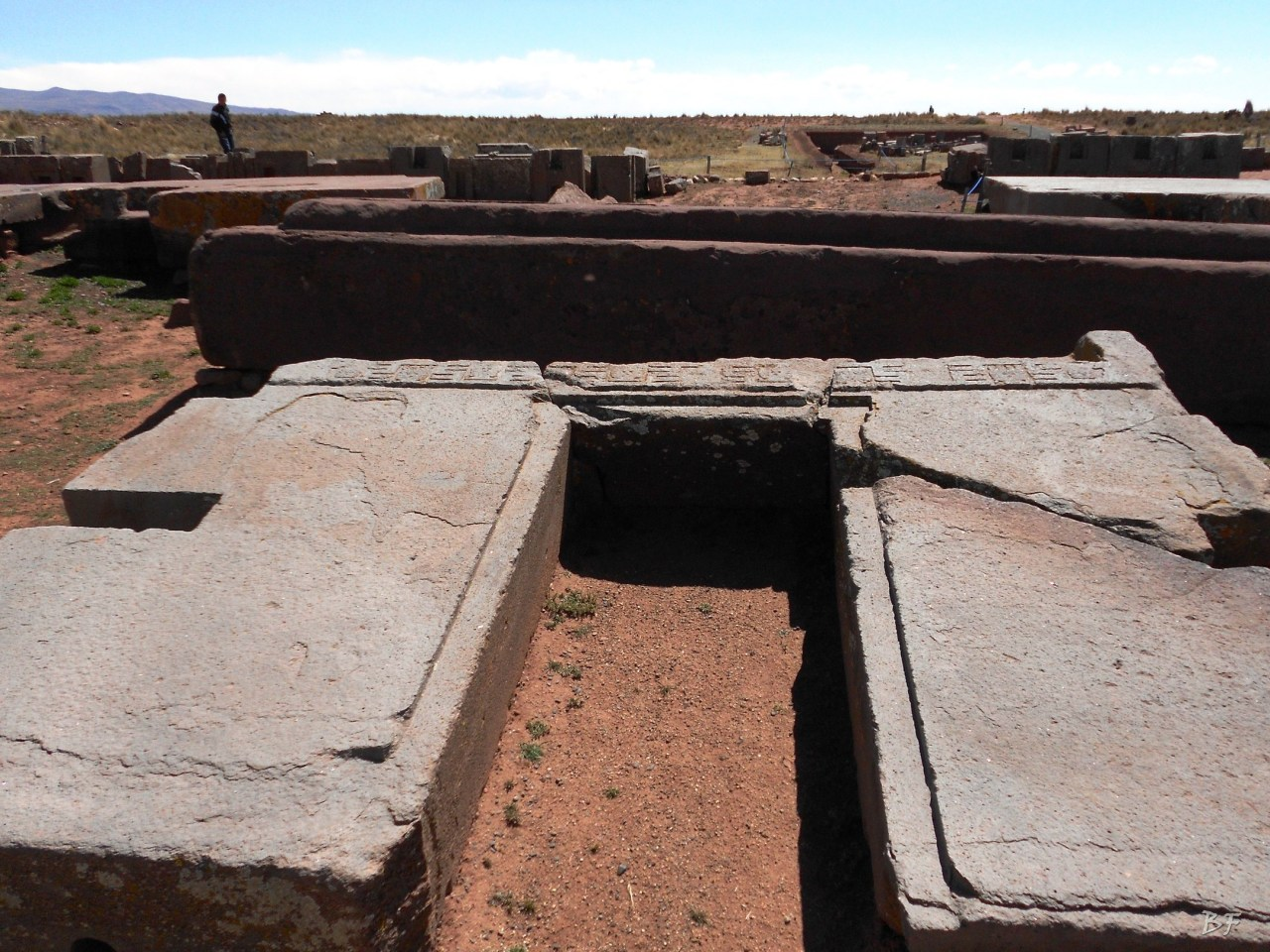 Puma-Punku-Area-Megalitica-Mura-Poligonali-Megaliti-Tiwanaku-Tiahuanaco-Bolivia-45