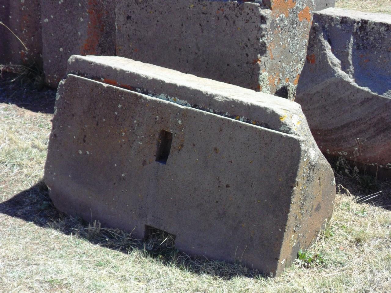 Puma-Punku-Area-Megalitica-Mura-Poligonali-Megaliti-Tiwanaku-Tiahuanaco-Bolivia-71