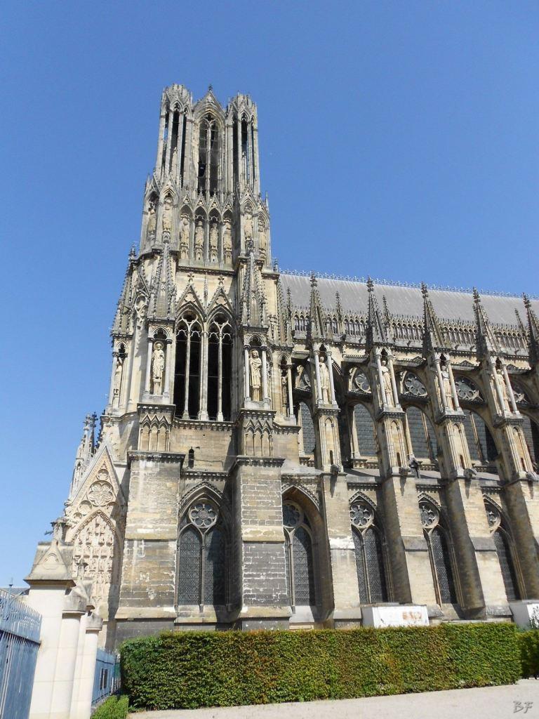 Cattedrale-Gotica-della-Vergine-di-Reims-Marne-Gran-Est-Francia-12
