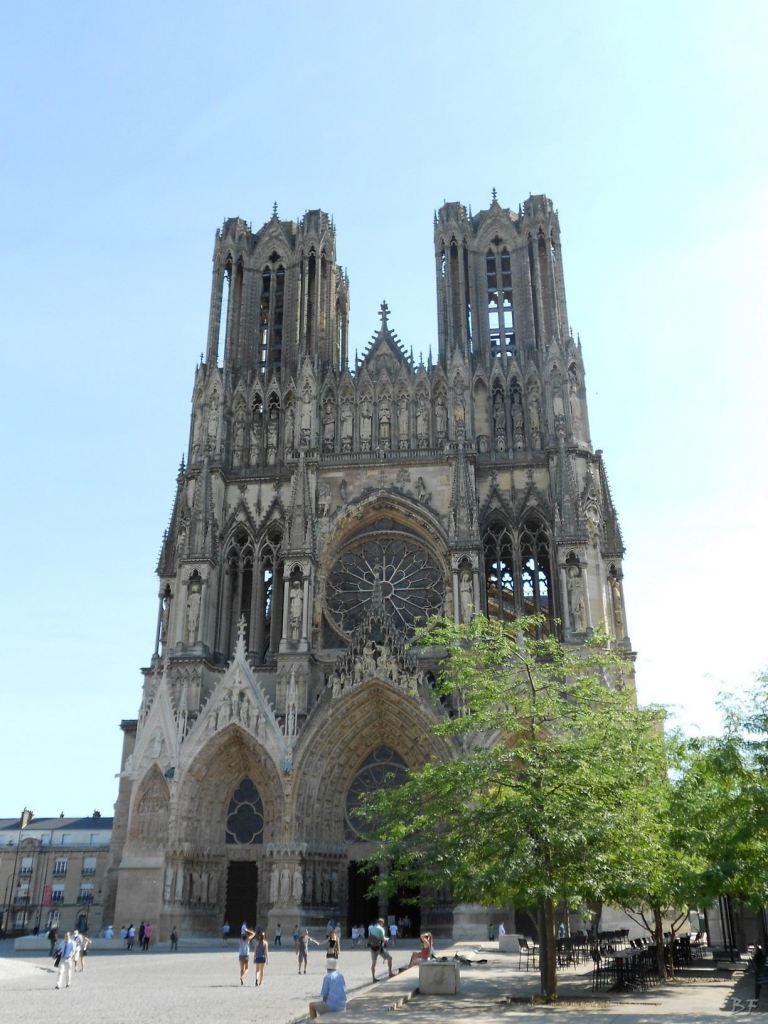 Cattedrale-Gotica-della-Vergine-di-Reims-Marne-Gran-Est-Francia-15