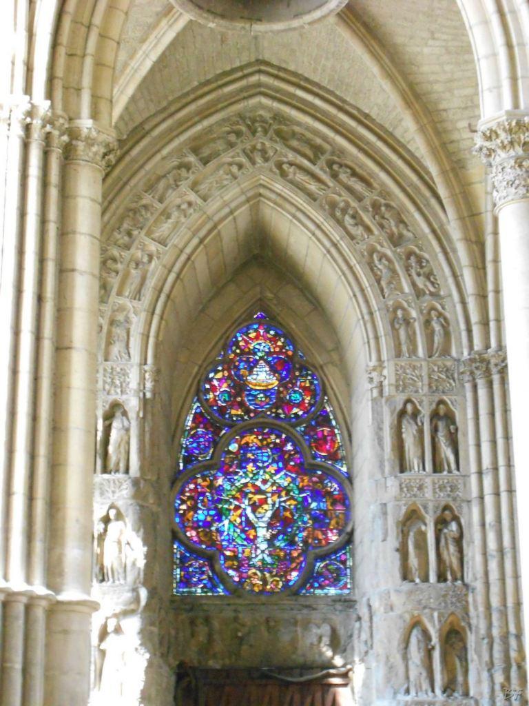 Cattedrale-Gotica-della-Vergine-di-Reims-Marne-Gran-Est-Francia-18