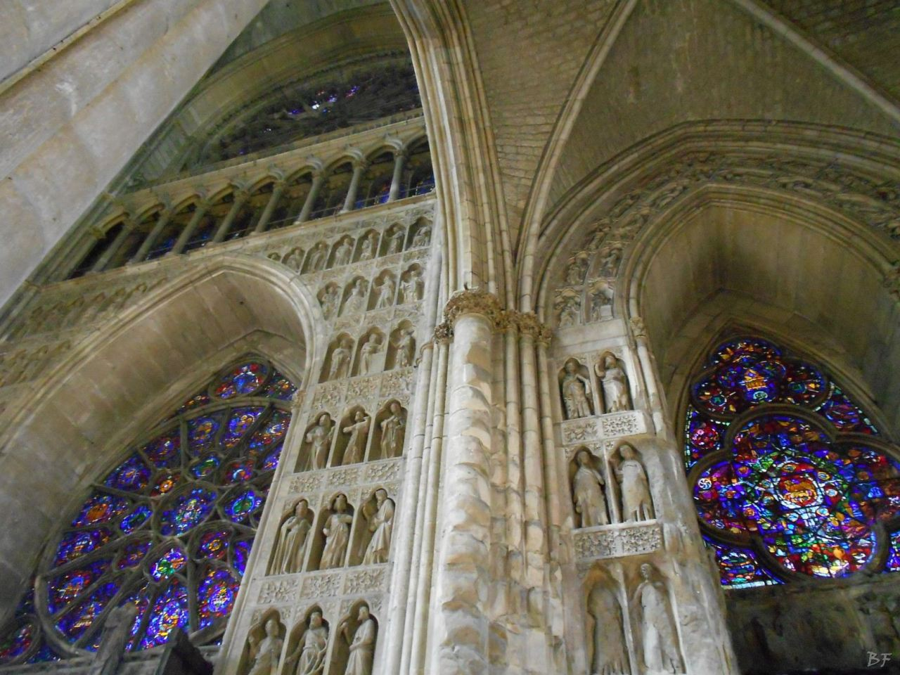 Cattedrale-Gotica-della-Vergine-di-Reims-Marne-Gran-Est-Francia-3