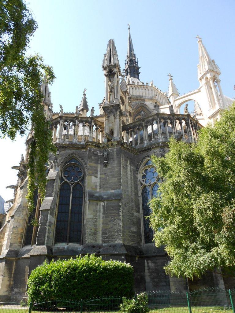 Cattedrale-Gotica-della-Vergine-di-Reims-Marne-Gran-Est-Francia-8