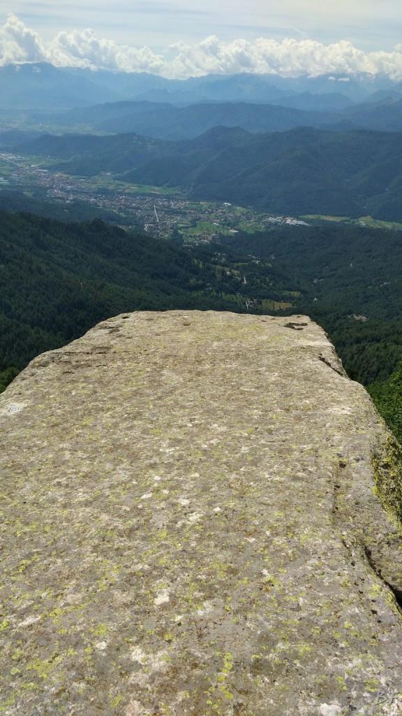 Roccere-Cuneo-Coppelle-Incisioni-Rupestri-Altare-36