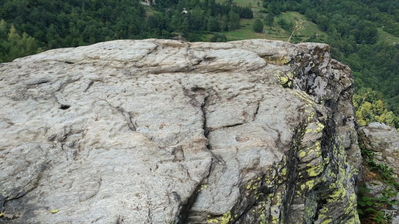 Roccio-Clapier-Torino-Incisioni-Rupestri-Coppelle-Altare-11