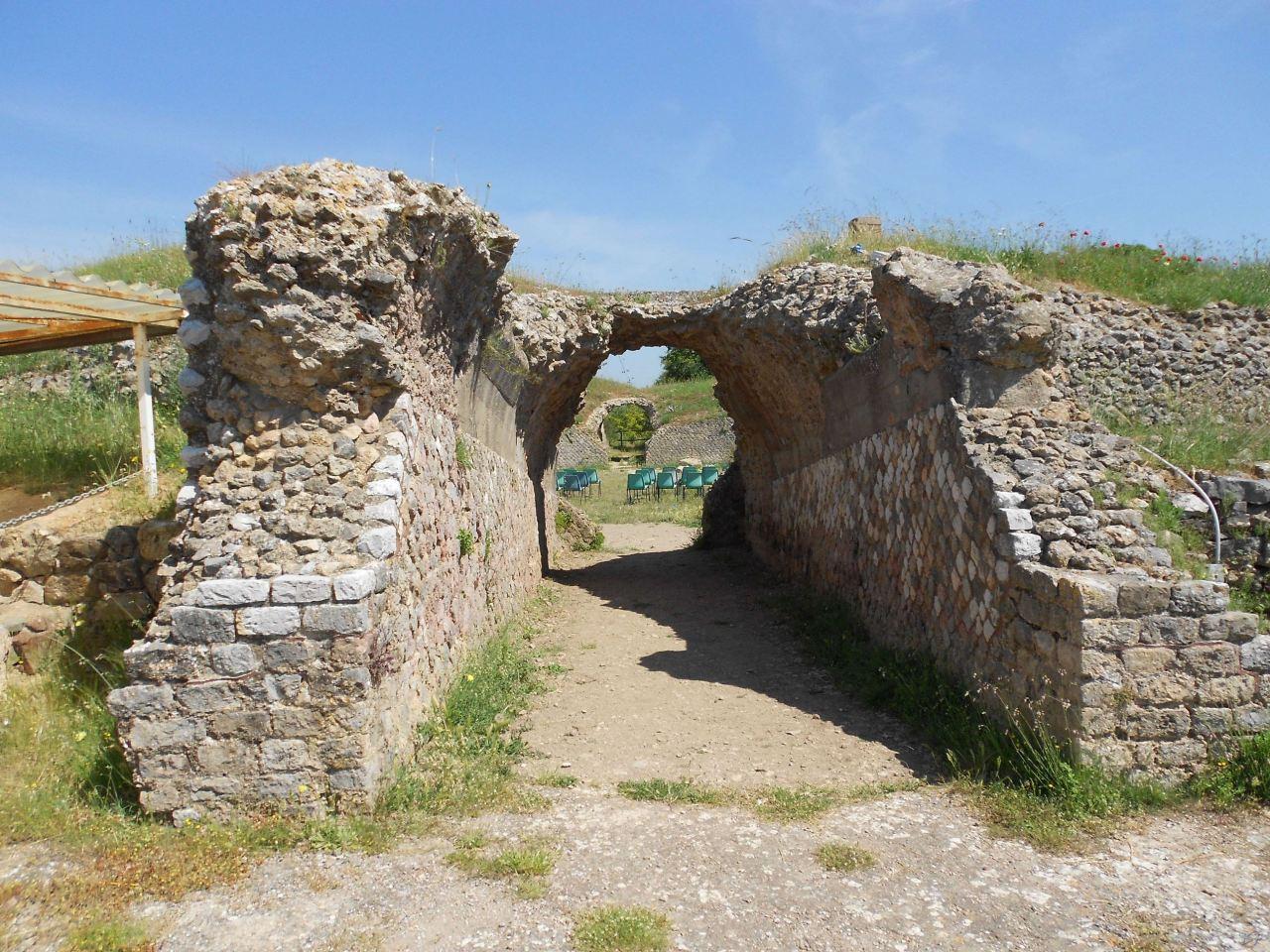 Roselle-Mura-Megalitiche-Roselle-Grosseto-Toscana-Italia-18