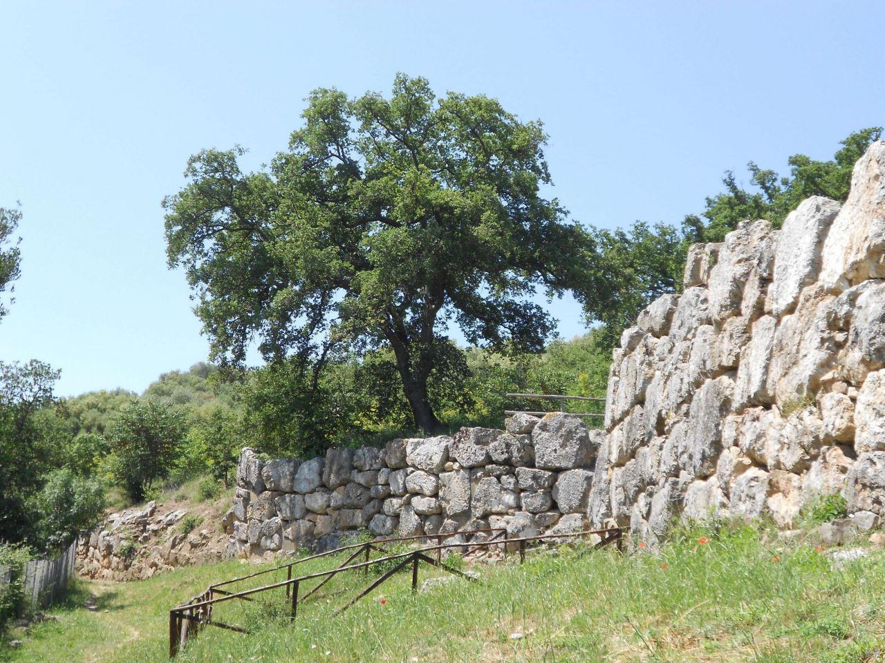 Roselle-Mura-Megalitiche-Roselle-Grosseto-Toscana-Italia-35
