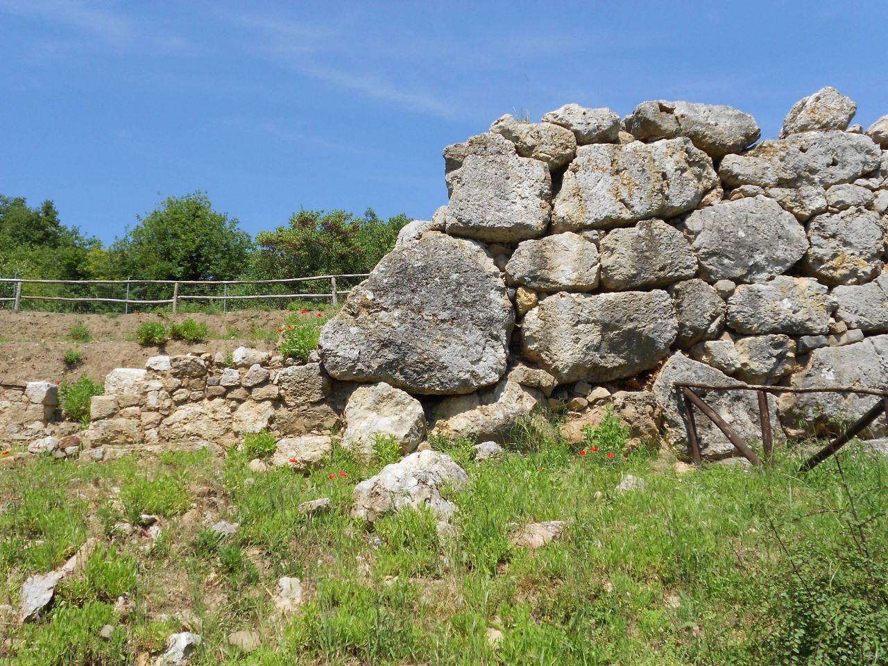 Roselle-Mura-Megalitiche-Roselle-Grosseto-Toscana-Italia-36