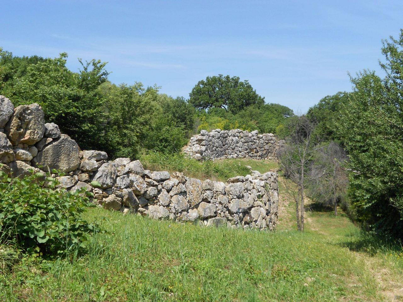Roselle-Mura-Megalitiche-Roselle-Grosseto-Toscana-Italia-46