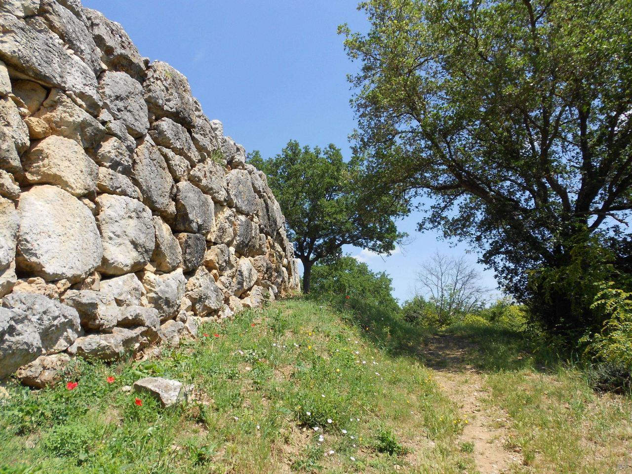 Roselle-Mura-Megalitiche-Roselle-Grosseto-Toscana-Italia-5