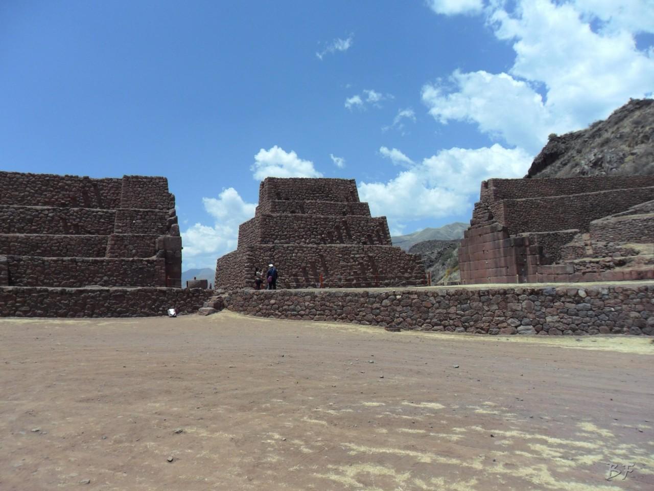 Parco-Archeologico-Megaliti-Rumicolca-Cusco-Perù-1