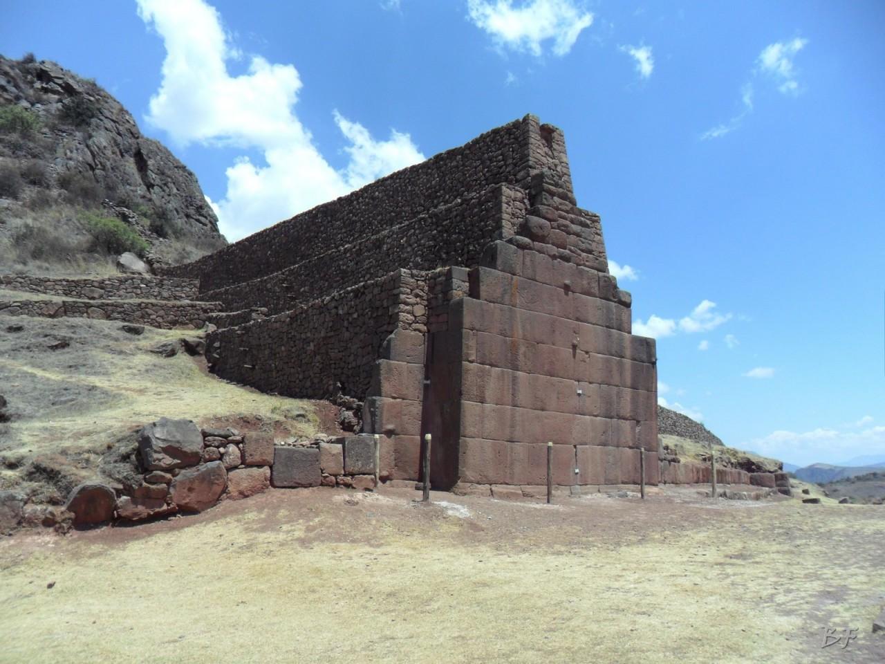 Parco-Archeologico-Megaliti-Rumicolca-Cusco-Perù-13