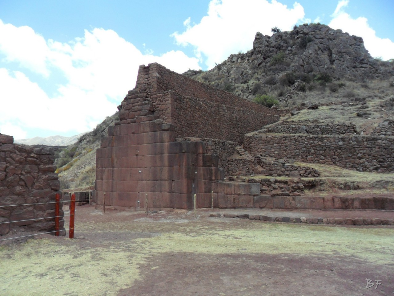 Parco-Archeologico-Megaliti-Rumicolca-Cusco-Perù-6