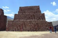 Parco-Archeologico-Megaliti-Rumicolca-Cusco-Perù-7