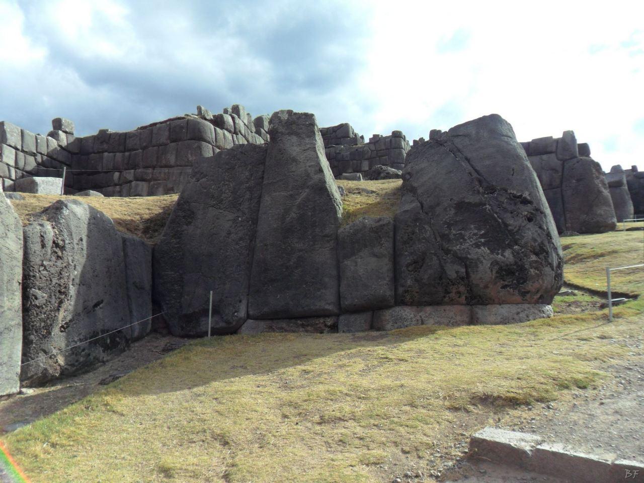 Sacsayhuamán-Mura-Megalitiche-Poligonali-Cusco-Peru-15