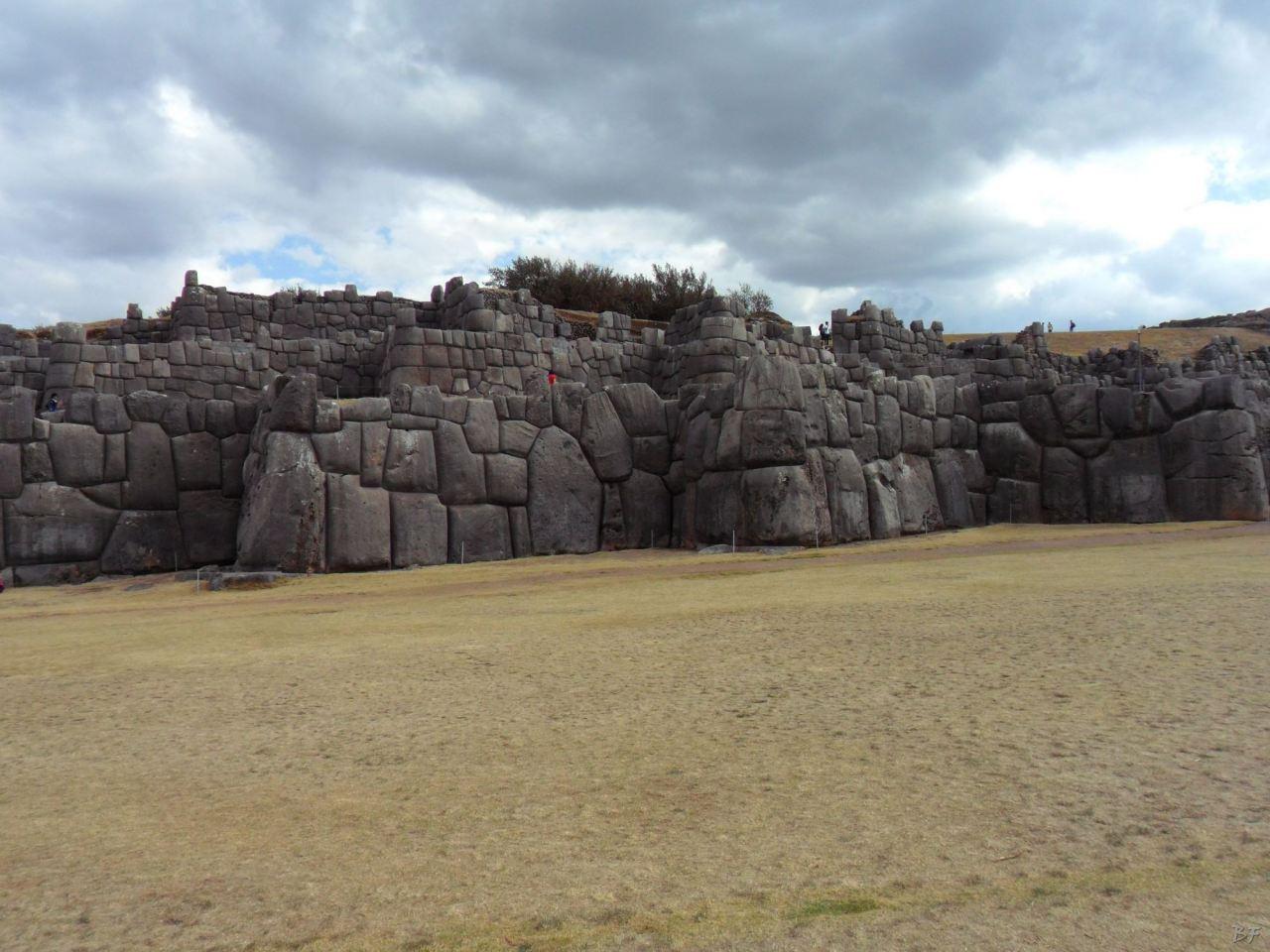 Sacsayhuamán-Mura-Megalitiche-Poligonali-Cusco-Peru-31