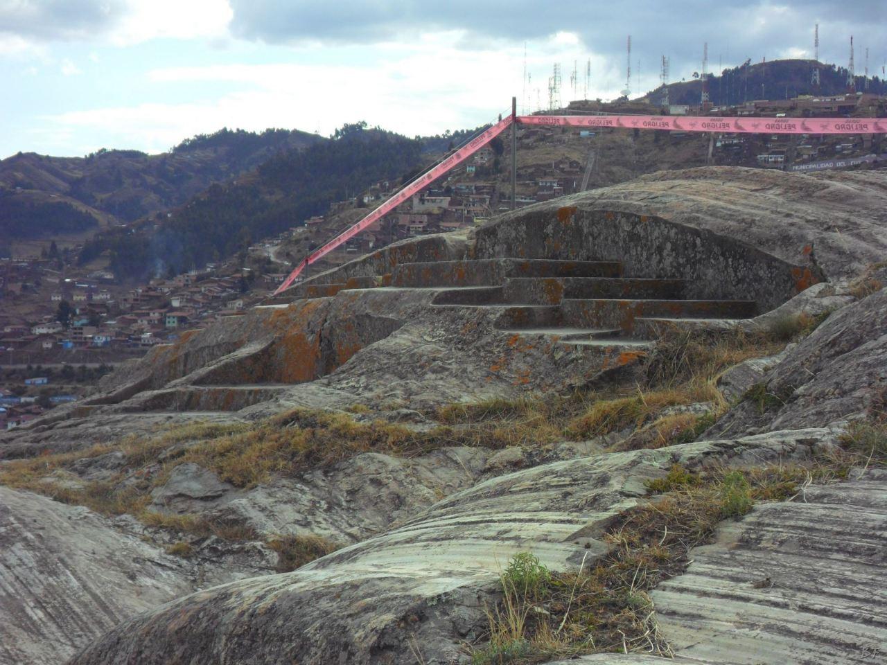 Sacsayhuamán-Mura-Megalitiche-Poligonali-Cusco-Peru-35