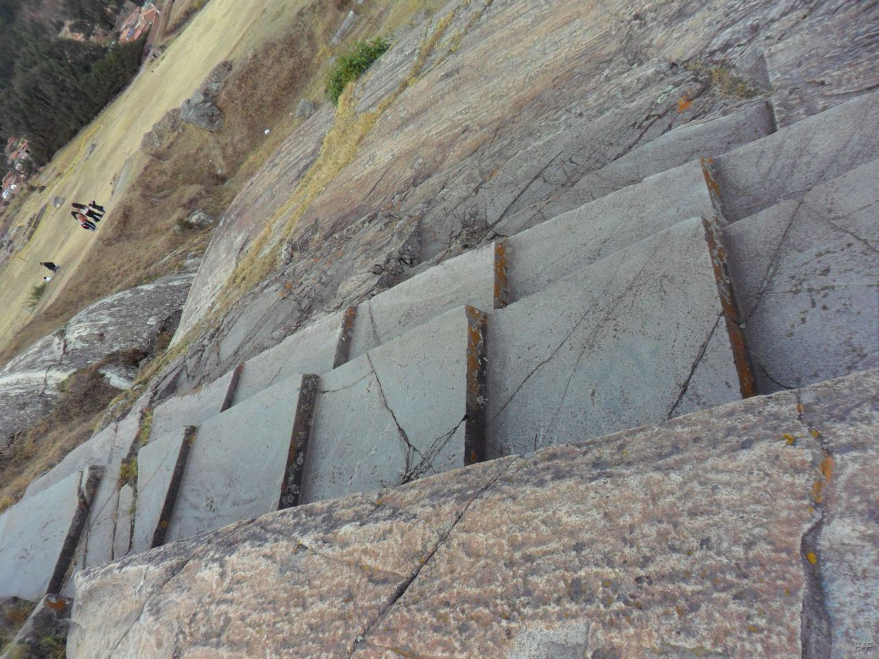 Sacsayhuamán-Mura-Megalitiche-Poligonali-Cusco-Peru-39