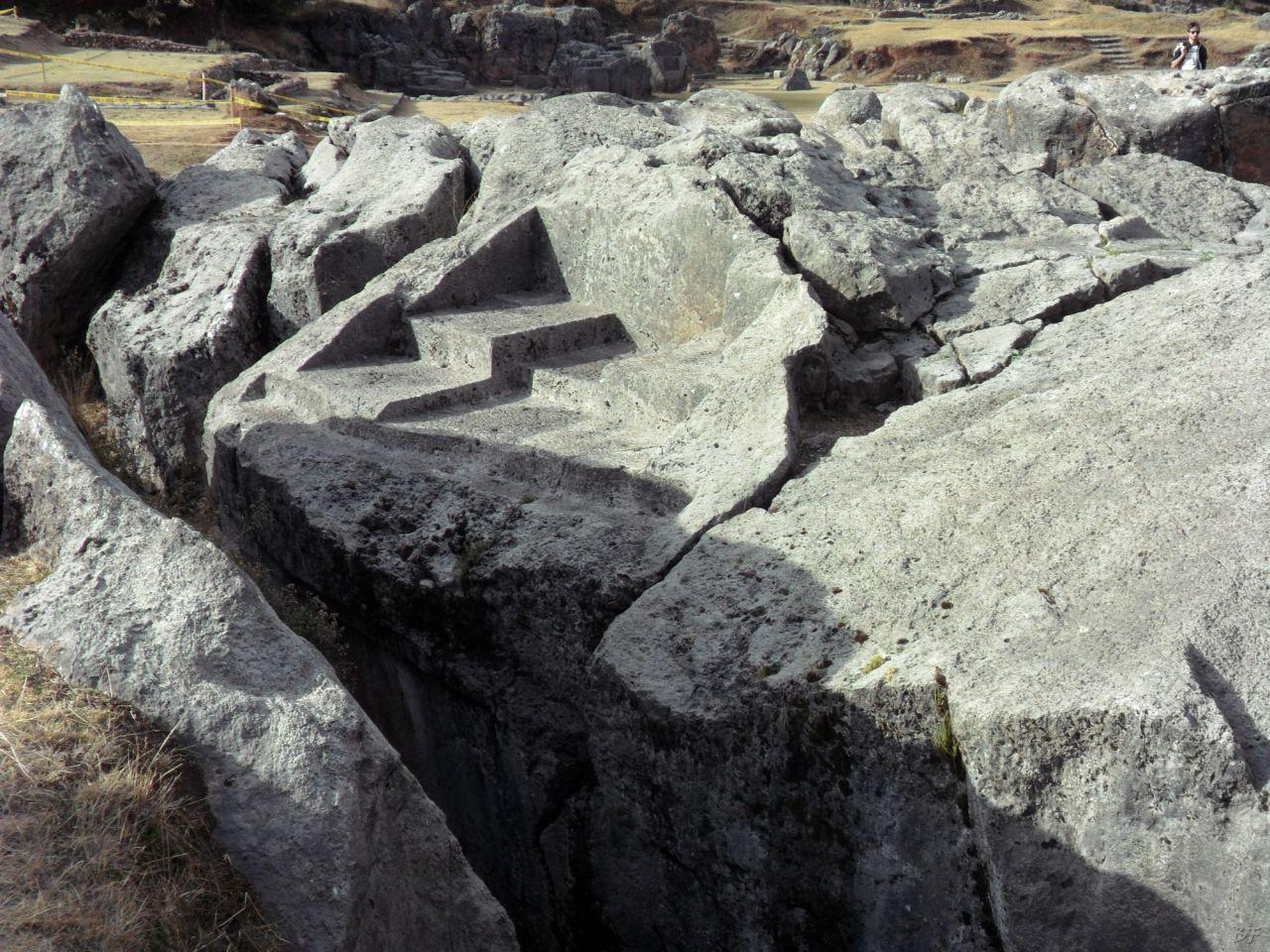 Sacsayhuamán-Mura-Megalitiche-Poligonali-Cusco-Peru-41